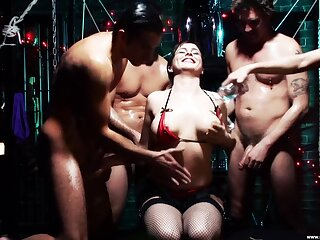 Hardcore gangbang with untalented boobs amateur chick Isabel Ice