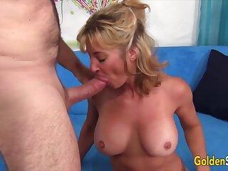 Golden Slattern - Beamy Tittied Aunties Giving Hophead Compilation