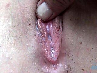 Amateur cunt close up fucking creampie