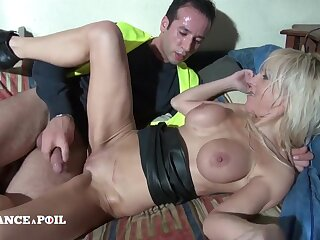 The Top Manager Is A Buxom Blondie Cougar - Amateur Sex